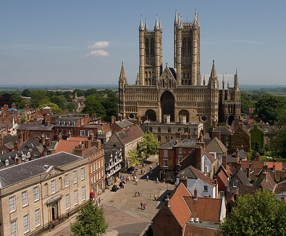 Work begins on Lincoln Cathedral restoration