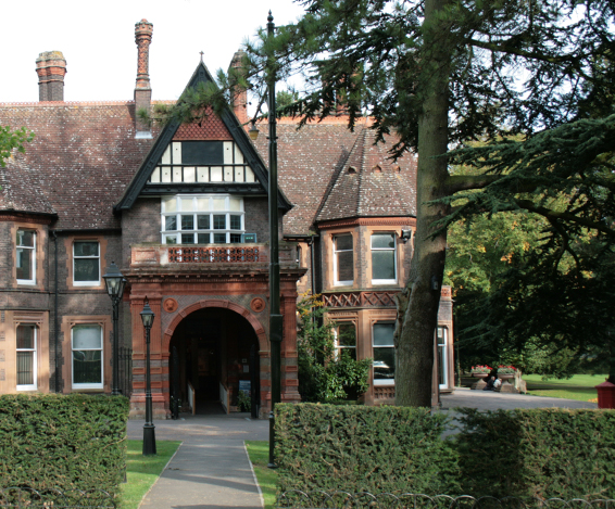 Wardown House Museum & Gallery opens to the public