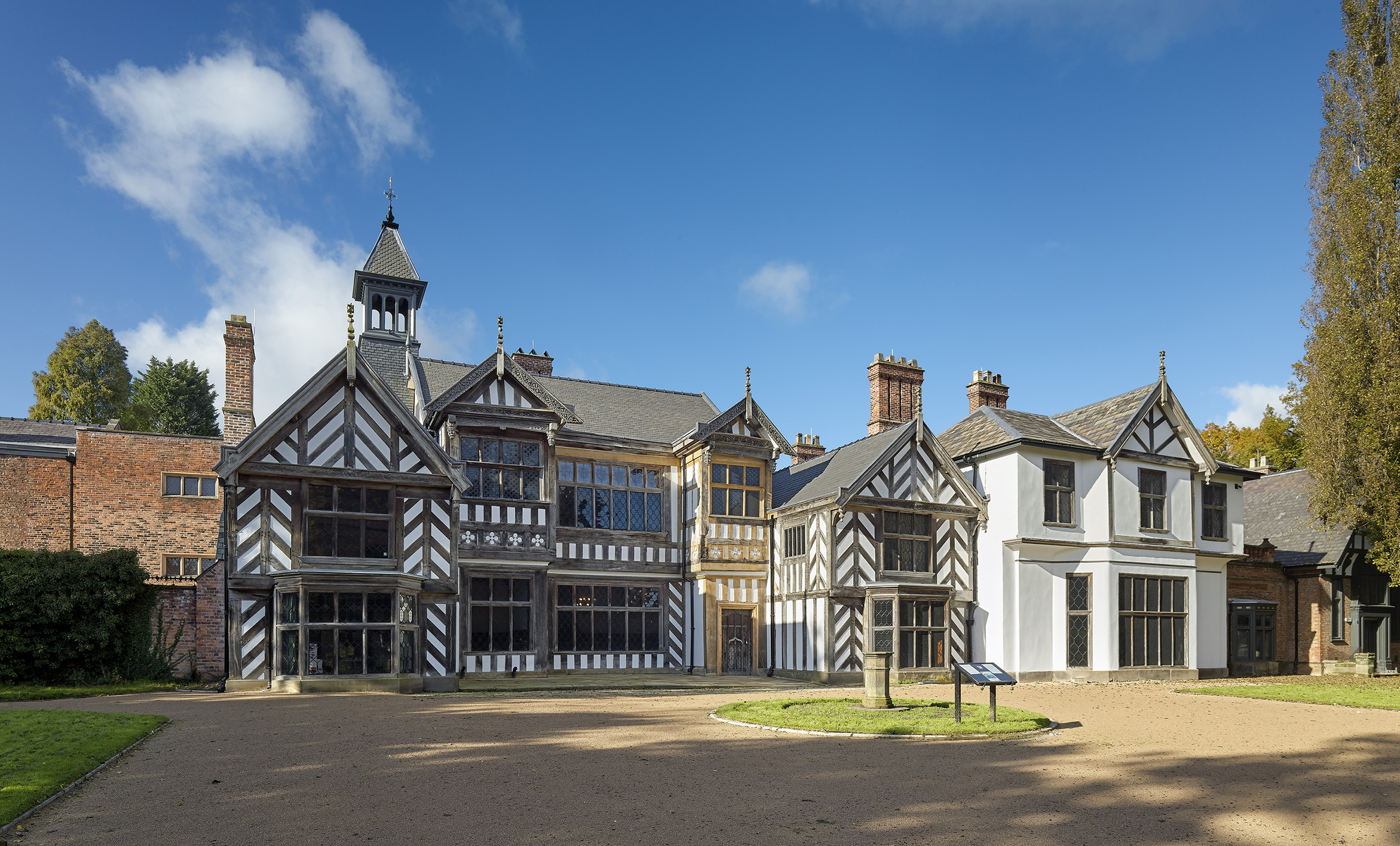 Wythenshawe Hall wins Civic Trust AABC Conservation Award